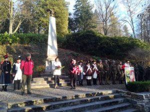 Uroczystość przy Polskim Pomniku.