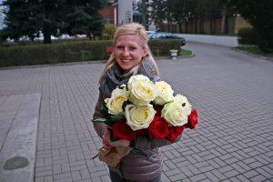 Głębinów - Daria z różami.